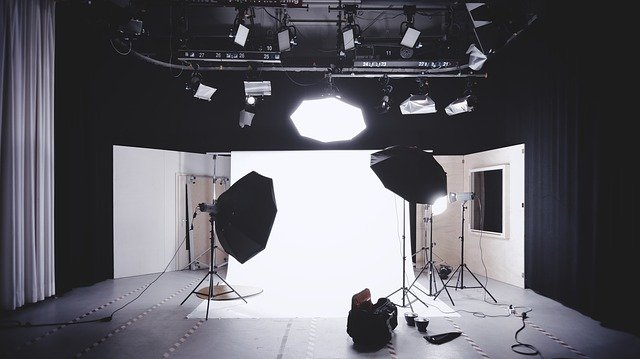 How to set up a photography studio